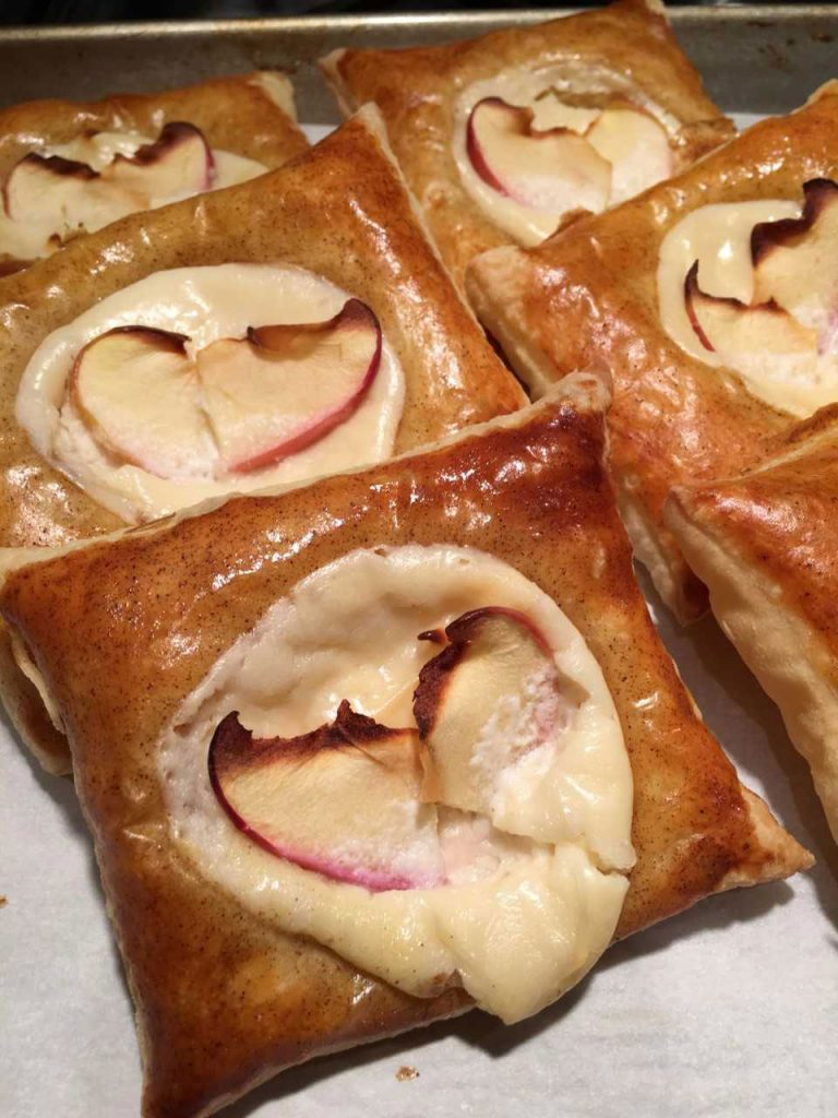 Apple Tarts from September 26, 2017